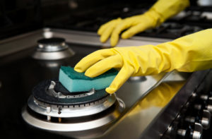 n2-2_cleaningoven